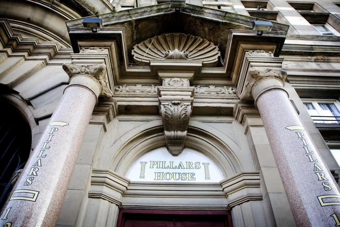 Pillars House