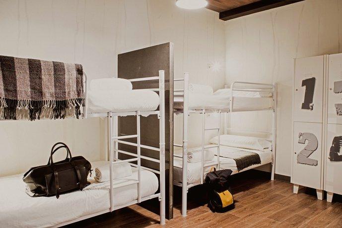 Room007 Ventura Hostel