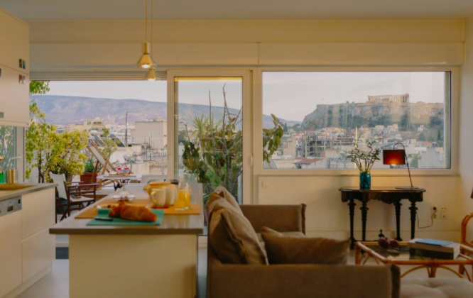 Where To Stay in Athens [5 BEST Neighborhoods!] 3