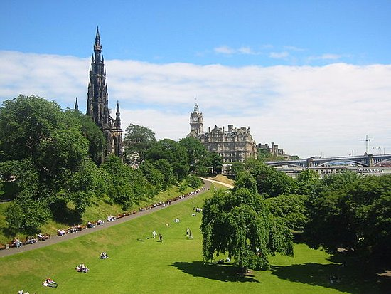 Stroll around the Princes Street Gardens