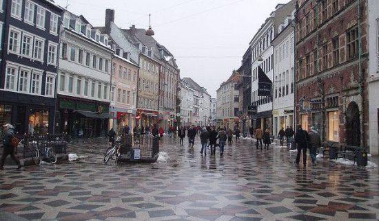 Walk along the Strøget