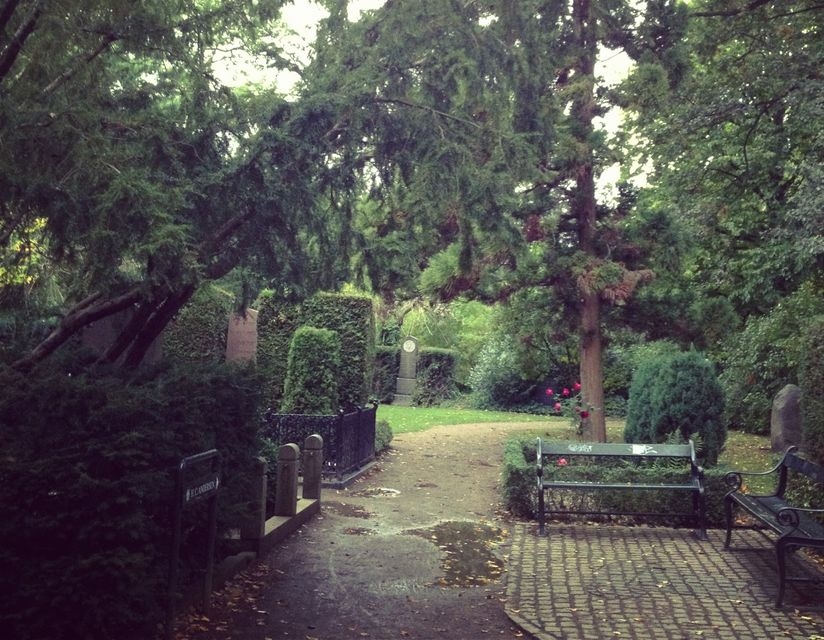 Walk through the Incredible Assistens Cemetery