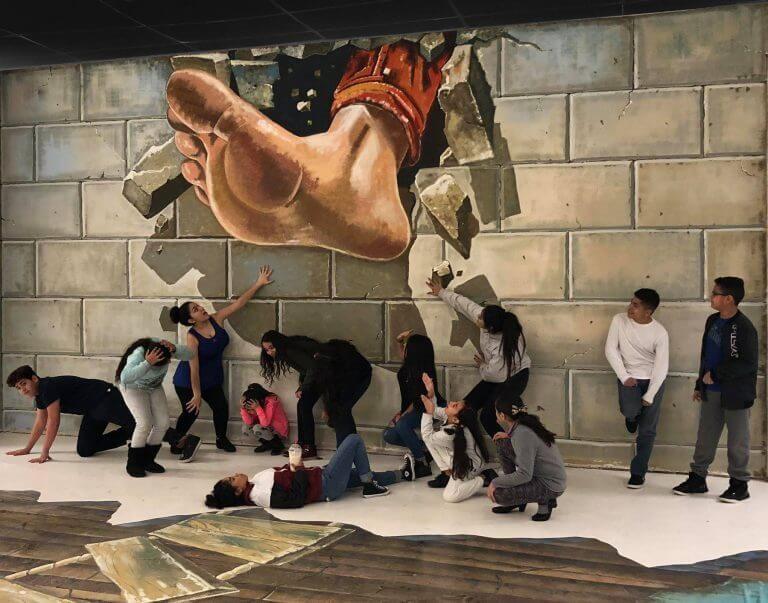 HeadzUP 3D Trick Art Museum