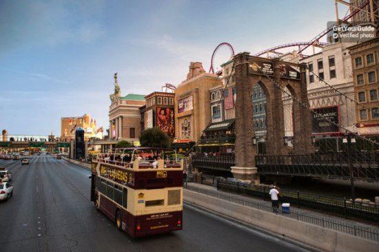 Las Vegas: Classic, Premium or Deluxe Bus Tour