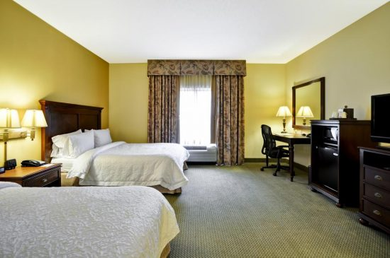 Hampton Inn & Suites North Charleston – University Boulevard