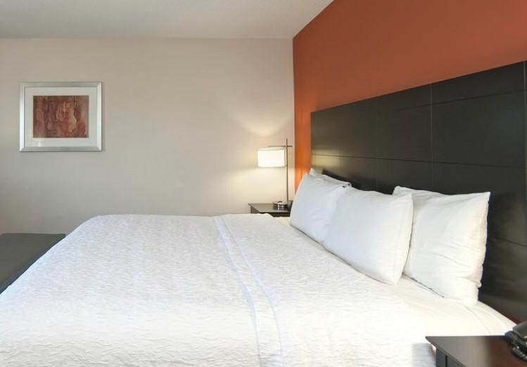 Hampton Inn & Suites Seneca – Clemson Area