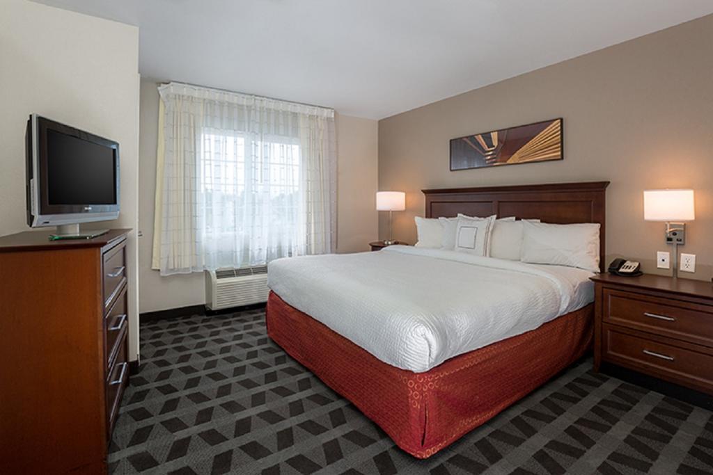 7 Best HOTELS NEAR Boise State University! 1