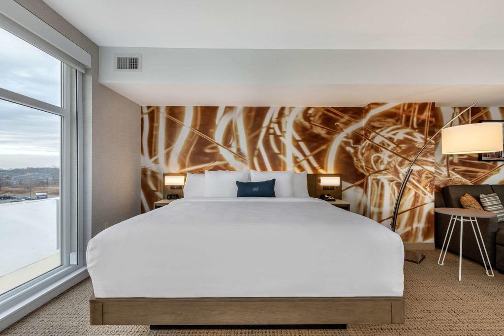 Cambria Hotel West Orange