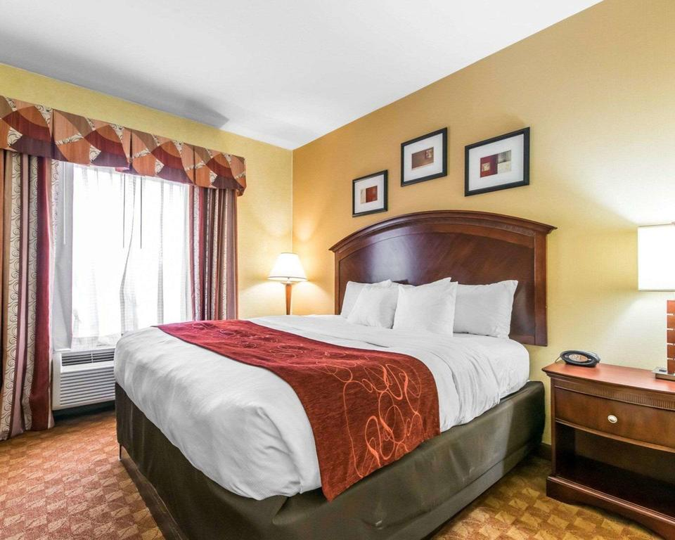 Comfort Suites South Point - Huntington