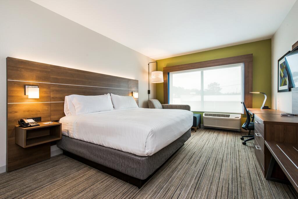 Holiday Inn Express & Suites - Carrollton