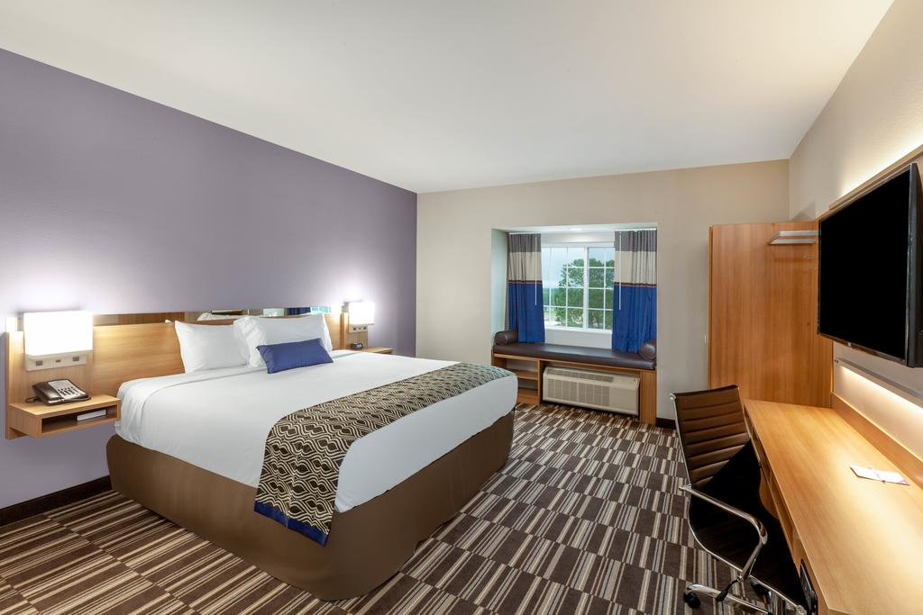 Microtel Inn & Suites by Wyndham College Station