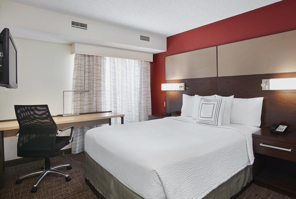 Residence Inn Detroit / Auburn Hills