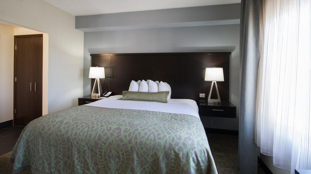 Staybridge Suites Buffalo/Amherst