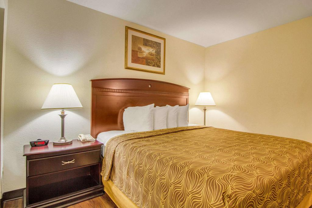 MainStay Suites Texas Medical Center/Reliant Park