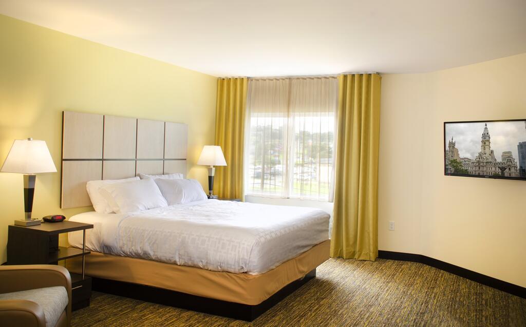 Candlewood Suites - Lancaster West