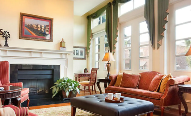 Entire Apartment in the Heart of Charming Charleston
