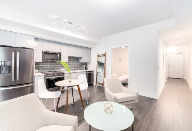 Immaculate 1BR in Midtown